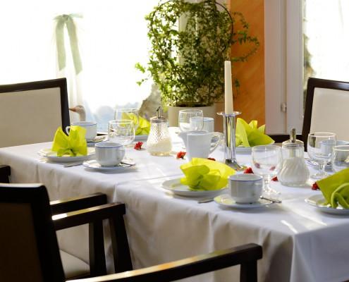 Café Hubertus gedeckter Tisch