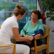 Dauer-, Kurzeit- und Verhinderungspflege